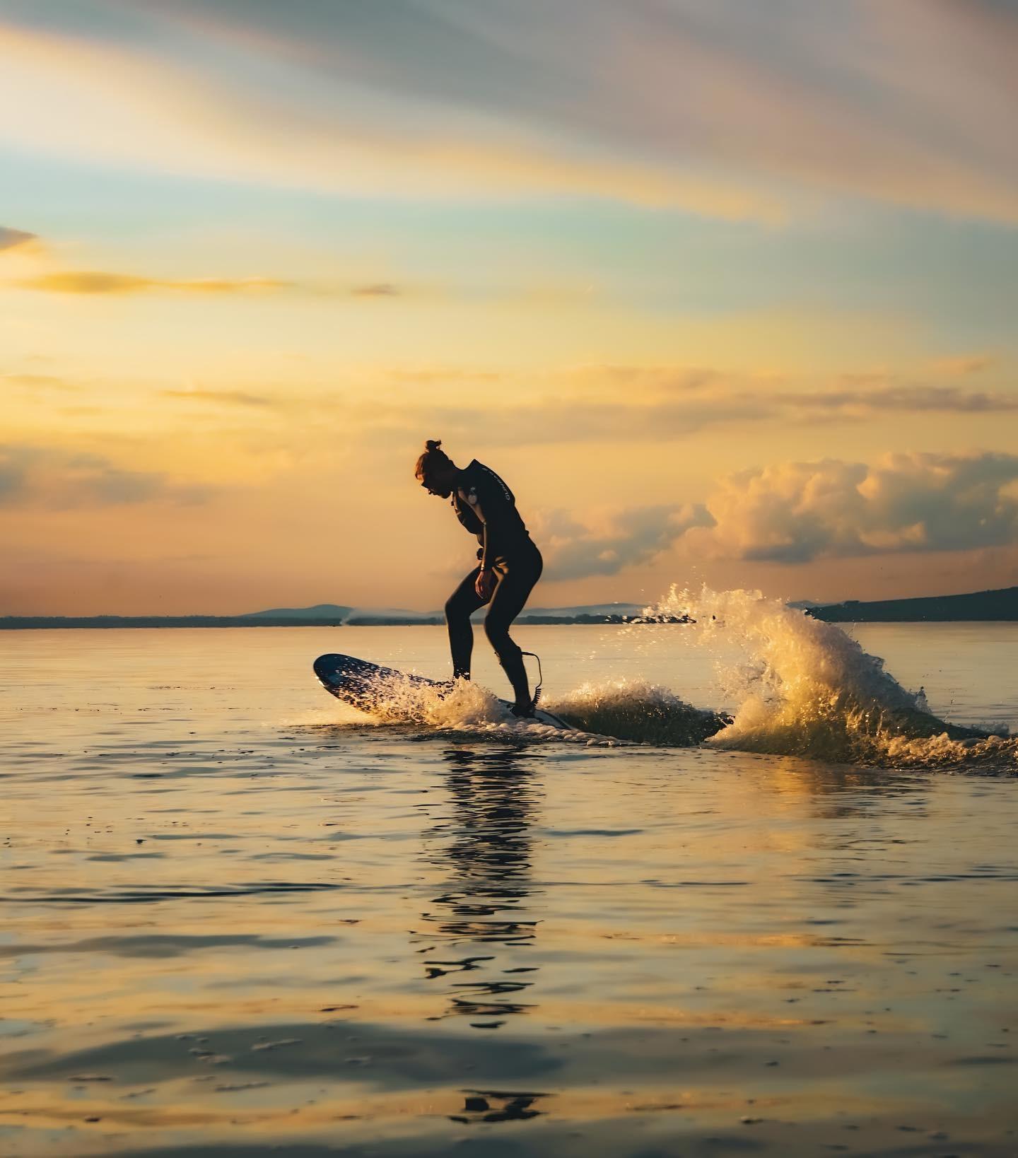 Luxury sports: da YouTube al Trasimeno sul Jetboard